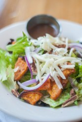 Salad-at-burger-up-in-12th-south-where-to-eat-in-nashville