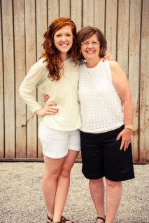 mother-and-daughter-at-porter-flea-what-to-do-in-nashville-free-events-porter-flea